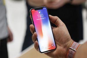 Nối gót hàng chính hãng, iPhone X lock sụt giá mạnh