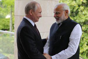 Nga, Ấn Độ ký kết nhiều thỏa thuận quốc phòng