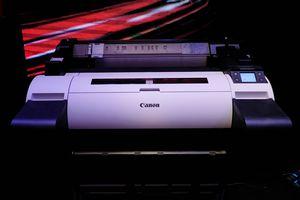 Canon ra mắt 4 máy in khổ lớn cho doanh nghiệp