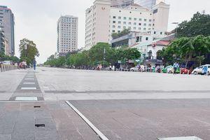 Ông Đoàn Ngọc Hải quyết dẹp hàng rong ở phố đi bộ Nguyễn Huệ