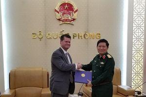 Trợ lý Bộ trưởng Quốc phòng Hoa Kỳ sang thăm Việt Nam lần thứ ba trong vòng 9 tháng