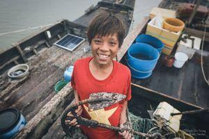 Những đứa trẻ khắp Việt Nam: Cường của biển, nắng gió Thiềng Liềng