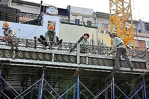 Hà Nội tiếp nhận gần 700 kiến nghị liên quan đến an toàn, vệ sinh lao động