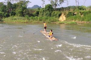 Nữ sinh lớp 8 tử vong do tắm sông
