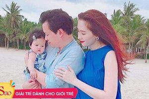 Đúng dịp kỷ niệm một năm ngày cưới, Đặng Thu Thảo lần đầu khoe ảnh tổ ấm trọn vẹn với 3 thành viên