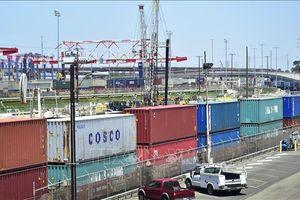 Mỹ: Thất nghiệp thấp kỷ lục, thâm hụt thương mại tăng cao