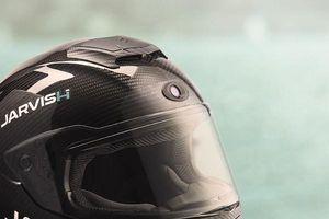 Mũ bảo hiểm hỗ trợ thực tế ảo đầu tiên sắp ra mắt
