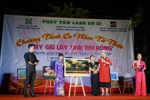 Gần 195 triệu đồng giúp 'giữ lấy trái tim hồng cho Việt'