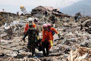Thảm họa ở Indonesia: 'Không còn người sống ở đây, khắp nơi chỉ toàn thi thể'
