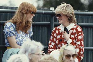 Điều ít biết về người phụ nữ từng được lòng Hoàng gia Anh hơn Công nương Diana nhưng phút chốc mất tất cả vì bức ảnh ngoại tình chấn động