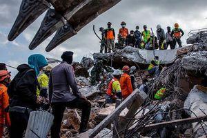 Thảm họa kép tại Indonesia gây sốc với cả giới chuyên gia