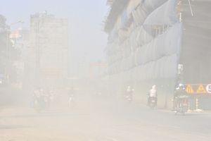 Nồng độ bụi PM2.5 vượt giới hạn khiến chất lượng không khí tại Minh Khai liên tiếp kém