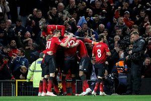 Ngược dòng thành công, cầu thủ Man United cứu nguy cho Mourinho