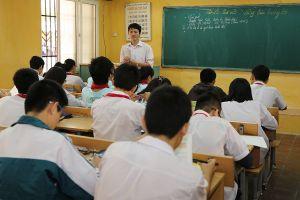 Giáo viên hợp đồng phải tiết kiệm 2-3 năm mới đủ tiền nộp phạt