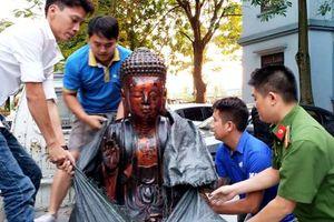 Đạo chích trộm cắp tượng phật 600 năm tuổi