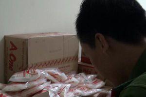 Lật tẩy chiêu trò 'biến' bột ngọt Trung Quốc thành A-One