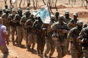 Chiến sự Syria: Nhóm phiến quân bắt đầu giao nộp vũ khí tại Idlib