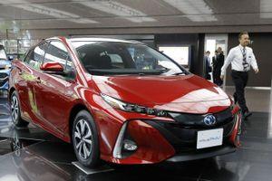 Toyota thu hồi hơn 2 triệu xe động cơ hybrid