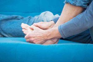 Tìm hiểu những nguyên nhân làm tăng nguy cơ mắc bệnh gút