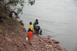 Tìm thấy thi thể bé gái 2 tuổi rơi xuống sông Cô Kiều, Bình Thuận