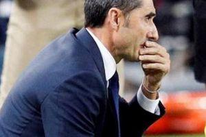 Barca mất ngôi đầu La Liga, HLV Valverde vẫn khen một cầu thủ