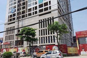 Tòa nhà cao thứ 3 Hà Nội bị siết nợ từng dính 'lùm xùm' gì?