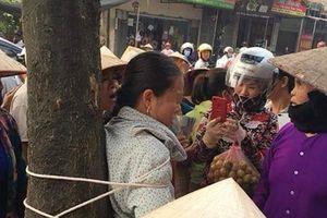 Đang cãi cọ, người phụ nữ bỗng dưng bị bắt trói: Nguyên nhân bất ngờ