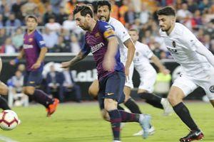 Bị Valencia cầm chân, Barcelona đánh mất ngôi đầu bảng