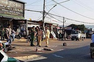 Truy tìm ô tô tông chết một trung úy rồi bỏ trốn