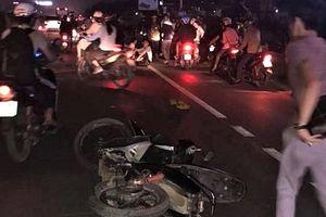 Nam thanh niên đi xe máy đánh võng gây tai nạn khiến thai phụ tử vong