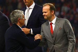 Tiết lộ lý do khiến M.U quyết không sa thải Mourinho