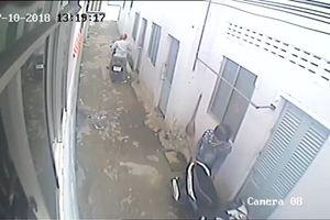 Thanh niên táo tợn vào khu nhà trọ trộm xe máy giữa ban ngày