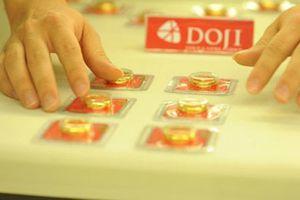Giá vàng hôm nay 8/10: Vượt ngưỡng 1.200 USD/ounce
