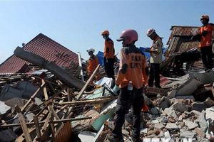 Động đất ở Indonesia: Vẫn tìm thấy thi thể nạn nhân mất tích