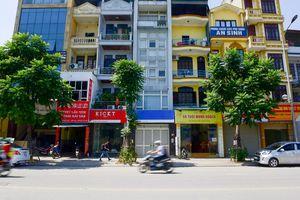 Hà Nội: Biển hiệu 'đồng phục hàng loạt' trên phố Lê Trọng Tấn thất bại sau 2 năm