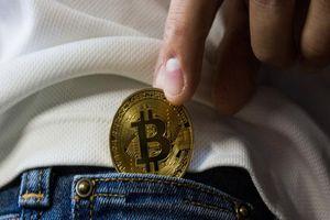 Giá tiền ảo hôm nay (8/10): Biến động hẹp của Bitcoin thể hiện điều gì?