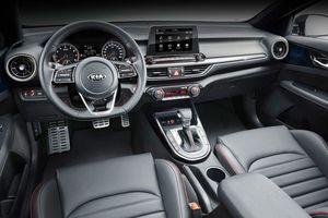 Kia Cerato GT bản sedan 1.6L đạt 201 mã lực