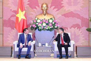 Phó Chủ nhiệm Ủy ban Đối ngoại Nguyễn Sỹ cương tiếp Đoàn Hội đồng nhân dân tỉnh tuv (mông cổ)