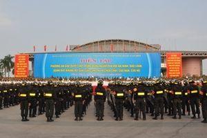 Thứ trưởng Bùi Văn Nam dự diễn tập phương án giải quyết phá rối an ninh