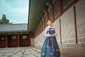 Phương Oanh 'Quỳnh búp bê' duyên dáng với trang phục hanbok