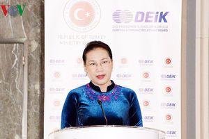 Chủ tịch Quốc hội dự Diễn đàn kinh doanh và đầu tư Thổ Nhĩ Kỳ-Việt Nam