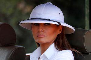 Chiếc mũ khiến bà Melania Trump bị chỉ trích khi thăm châu Phi