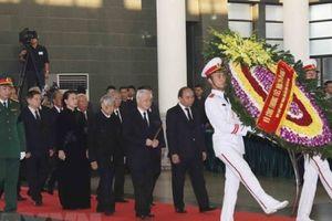 Vĩnh biệt người chiến sỹ cộng sản tận tụy với Đảng, tận hiếu với dân
