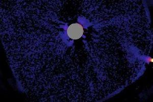 Kinh ngạc cảnh tượng sao lùn M đồng hành sao chủ EPIC 206011496