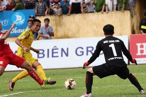 Cầu thủ đội đi đá play – off Đinh Viết Tú lên tuyển Việt Nam