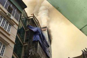 Cháy lớn tại ngôi nhà 6 tầng trong ngõ Núi Trúc