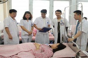 Cán bộ, nhân viên y tế cần nâng cao tinh thần trách nhiệm phục vụ nhân dân