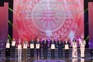 Vinh danh 10 công dân Thủ đô ưu tú năm 2018