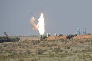 Mỹ có dám hy sinh để tiêm kích F-22 đối đầu với S-300 của Nga ở Syria?