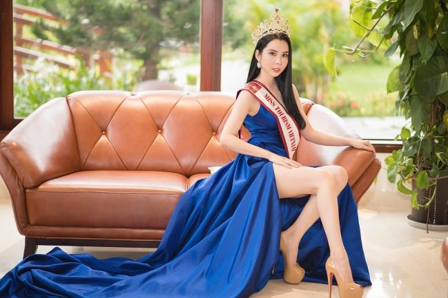 Á khôi Huỳnh Vy tiết lộ tuổi thơ cơ cực, làm thuê từ nhỏ